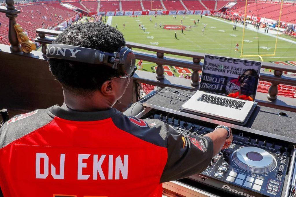DJ EKIN
